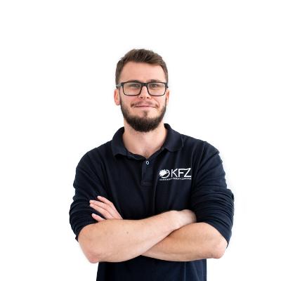 Patryk Kardasz rehabilitacja stomatologiczna krakow krakowska fabryka zdrowia fizjoterapeuta krakow
